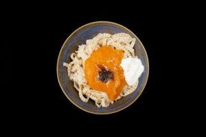Soybean fettucine, pompoen, za'atar, Turkse yoghurt